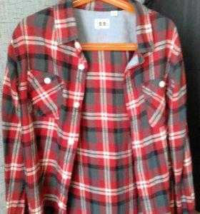 Хлопковая рубашка Uniclo на рост 140 см