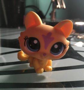 LittlestPetShop LPS игрушка кошечка