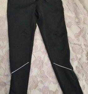 Спортивные штаны р.140
