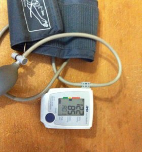 Тонометр(измеритель артериального давления)