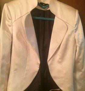 Пиджак белый женский