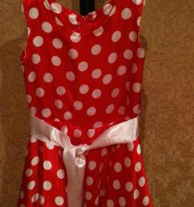 Платье на девочку 5-7,5лет