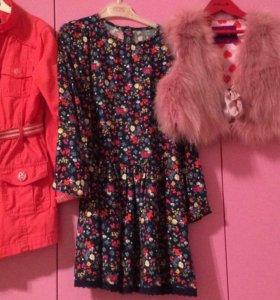 Платье,плащ,жилетка для девочки