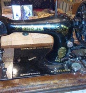 Швейная машинка(ручная) Gritzner