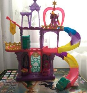 Замок поняшки