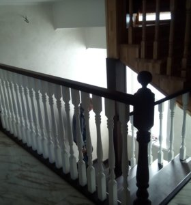 Монтаж и сборка деревянных лестниц из всех пород