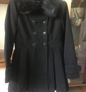 Пальто новое р.44-46