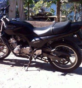 HONDA CB 250 JADE