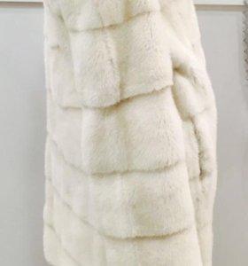 Шуба норковая белая фабрична , размер 44-46
