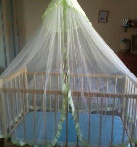 Детская кроватка + матрас, балдахин и бортики