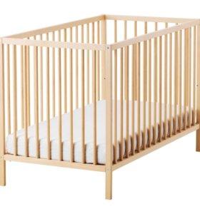 Детская кроватка IKEA Сниглар и матрас
