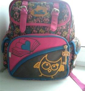 Школьный рюкзачок для девочки