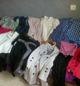 Платья, блузки