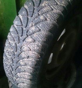 Зимние шины с шипами на дисках