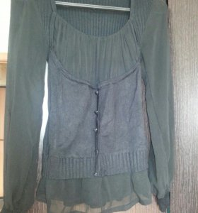 Блузка с прозрачными рукавами р.46