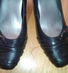 Туфли женские надеты один раз