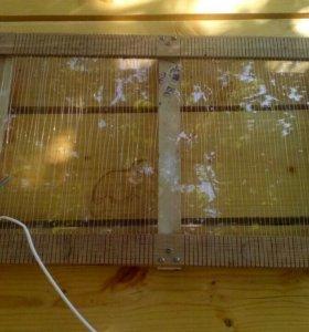 Рамкадля для збора пчелинова яда.