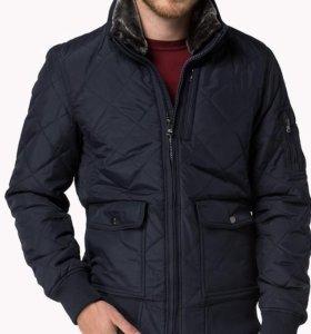 Демисезонная куртка Tommy Hilfiger.