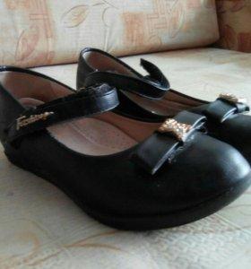 Туфли для школы 32 р- р