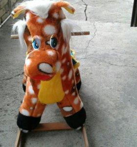 Детская игрушка качалка.