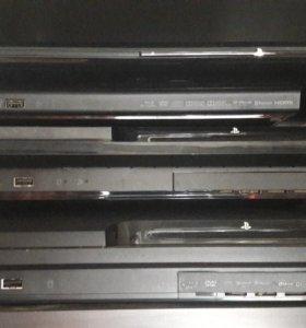 3 приставки Sony PlayStation 3