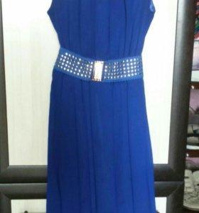 Продам платье 40 размера