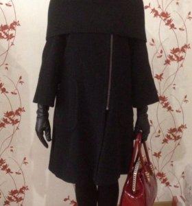 Новое и очень стильное пальто