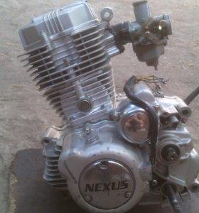 Двигатель 200СС