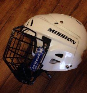 Шлем защитный хоккейный на 4-9 лет