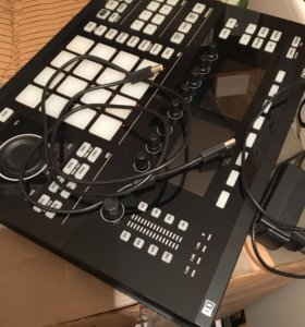 Maschine studio black