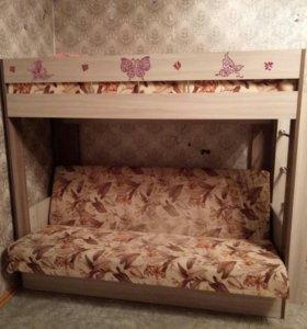 Диван-кровать(двухъярусная)
