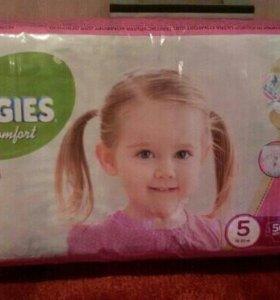 """Huggies для девочек 5.""""12-22кг"""""""""""