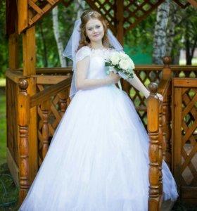 Свадебное платье (после хим.чистки)