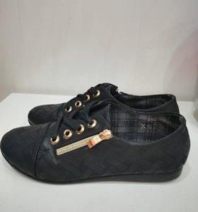 Туфли для школы  р 35