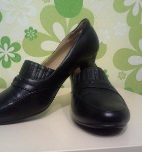"""Туфли кожаные """"Юничел"""" 37 р в идеальном состоянии"""