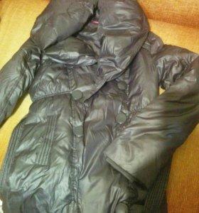 Пальто на прохладную осень 42р.