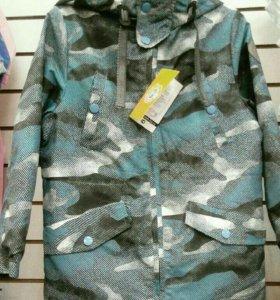 Новая куртка ветровка на мальчика