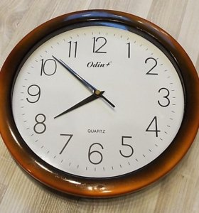 Настенные кварцевые часы Odin+