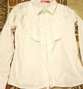 Продам блузки для школы
