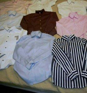 Продам рубашки на мальчика школьные на 7,8,9,лет.