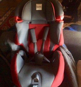 Кресло автомобильное Inglesina до 12 лет ( бронь)