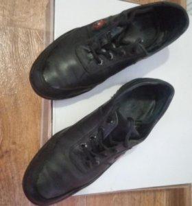 Ботинки натуральная кожа 38 р-р