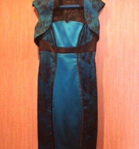 Платье атласное, размер 44