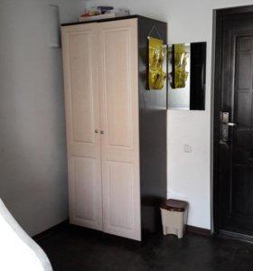 Шкаф для одежды срочно.