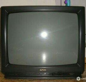 Телевизор рубин,пульт ,документы,показывает хорошо