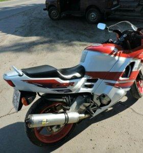 Honda cbr f2