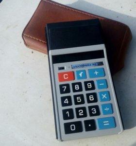 Старый калькулятор СССР