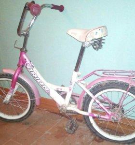 Велосипед и стульчик