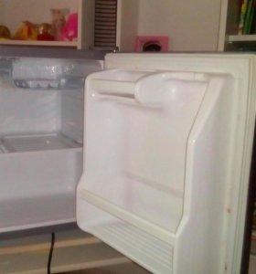 Холодильник DEWOO