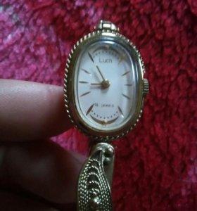 Часы наручные Luch 16 jeweis женские